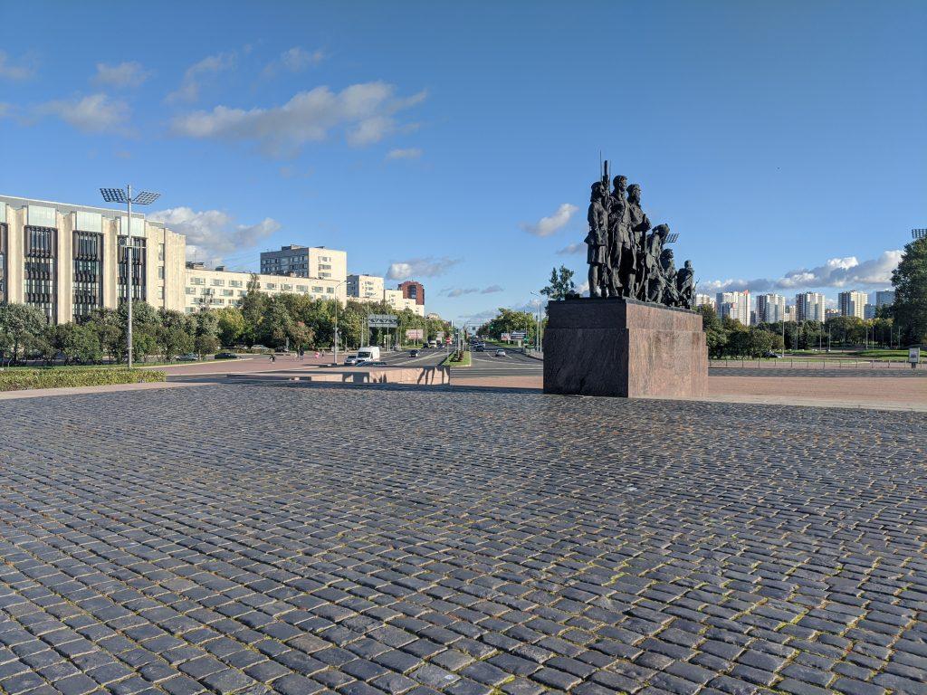 Площадь победы СПб, вид на Московское шоссе. Сентябрь 2020